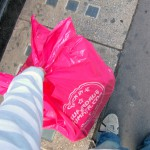 Los supermercados ingleses comienzan a cobrar por las bolsas de plástico