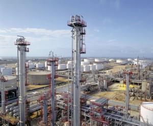 Cepsa valoriza los subproductos de sus refinerías en la producción de asfalto