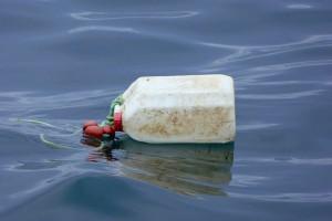 Un informe del PNUMA asegura que los plásticos biodegradables no son la respuesta a la basura marina