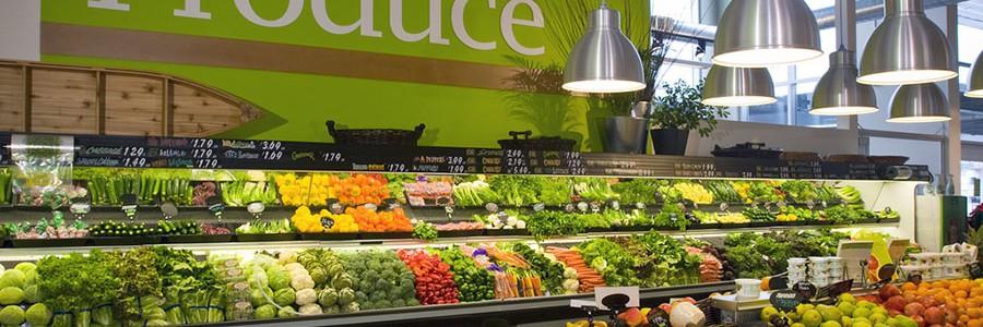 Los supermercados británicos reducen en 20.000 toneladas sus residuos de alimentos