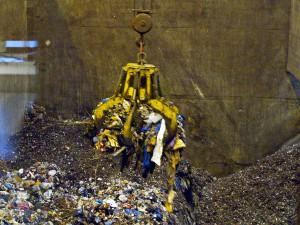 La prohibición del vertido estaría potenciando la incineración en detrimento de la prevención, la reutilización y el reciclaje de residuos