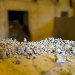 Cantabria considera el aprovechamiento de escorias industriales en la obra pública