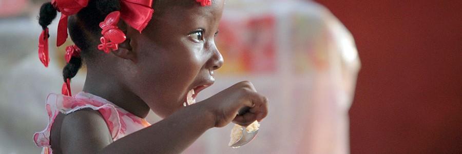 420.000 personas mueren cada año por consumir alimentos contaminados