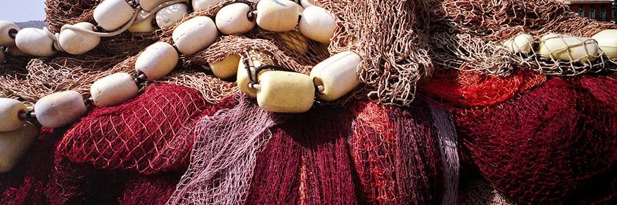Redes de pesca recicladas como material textil