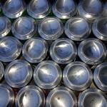 Valencia estudia poner máquinas de retorno de envases en los mercados municipales