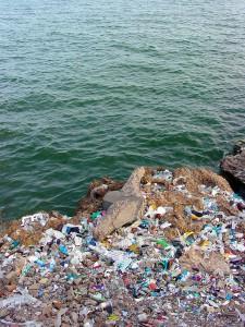Nuevo acuerdo a tres para prevenir las basuras marinas