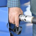 La bajada del precio del petróleo aumenta las emisiones de CO2