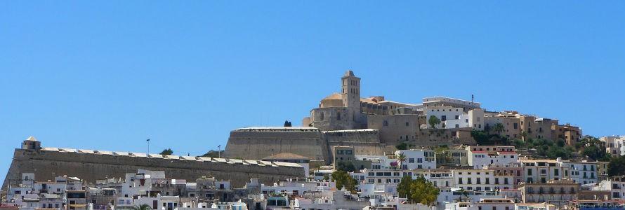 Valoriza realizará la limpieza y recogida de residuos de Ibiza por 75 millones de euros