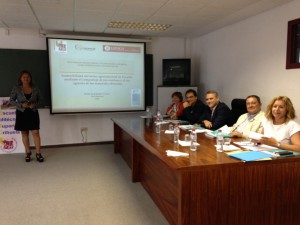 Presentación de la tesis sobre gestión residuos en Chimborazo