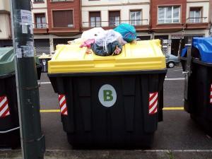 Un artículo recoge las grandes desigualdades entre municipios en tasas de residuos