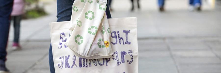 Seis de cada diez habitantes de Buenos Aires ya usan bolsas reutilizables para hacer sus compras