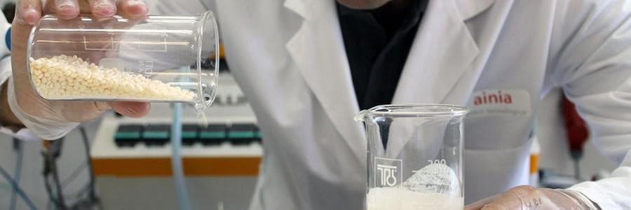 Primer bioplástico obtenido a partir de residuos de la industria quesera