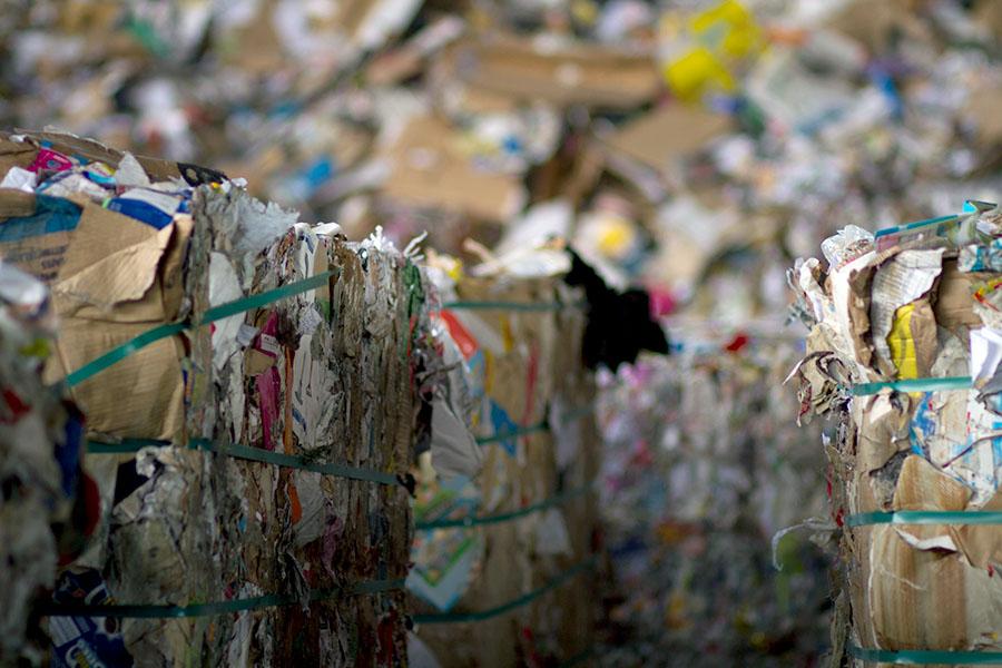 Papel y cartón para reciclar