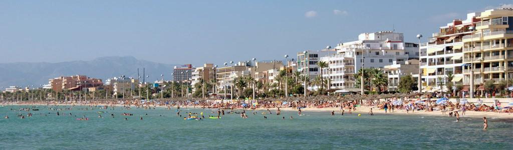 El puerta a puerta en los hoteles de Playa de Palma consigue una tasa de recogida selectiva de residuos del 64%
