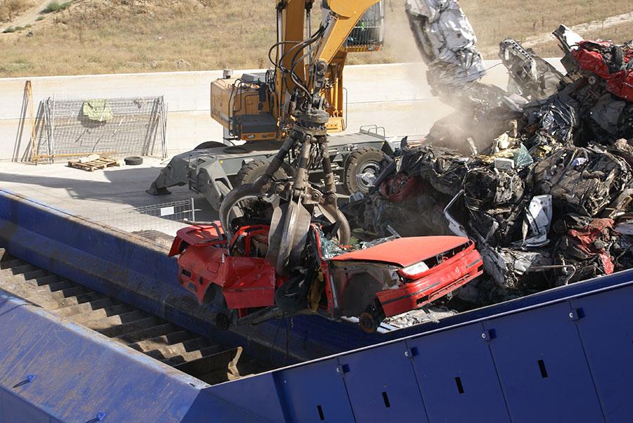 Fragmentadora de vehículos fuera de uso