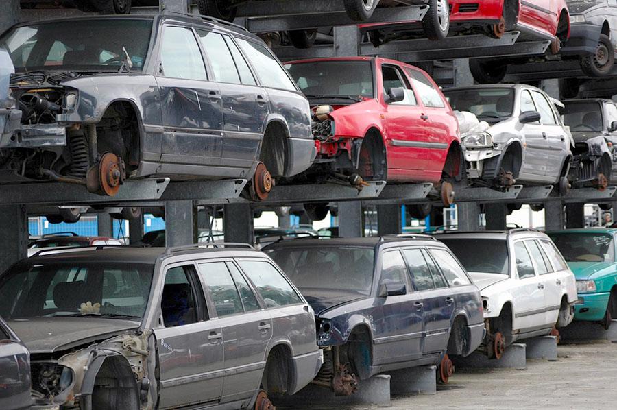 El gobierno aprueba el nuevo RD de vehículos al final de su vida útil