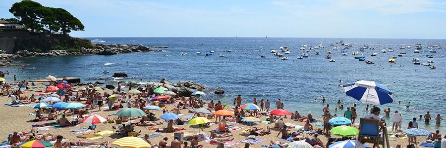 Analizan los efectos de los residuos generados por el turismo en las islas del Mediterráneo