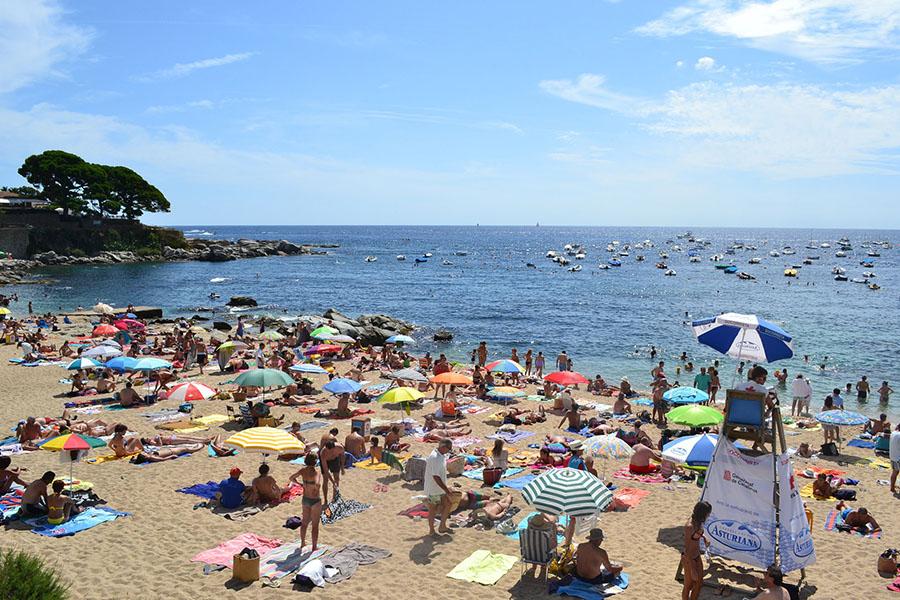 Un proyecto europeo estudia los residuos generados por el turismo en las islas del Mediterráneo
