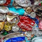 COMPAKBIN: un contenedor que identifica al usuario y compacta los residuos