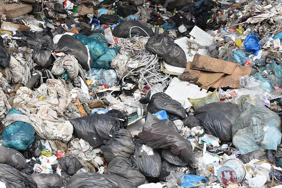 Bruselas quiere que España intensifique sus esfuerzos en materia de residuos