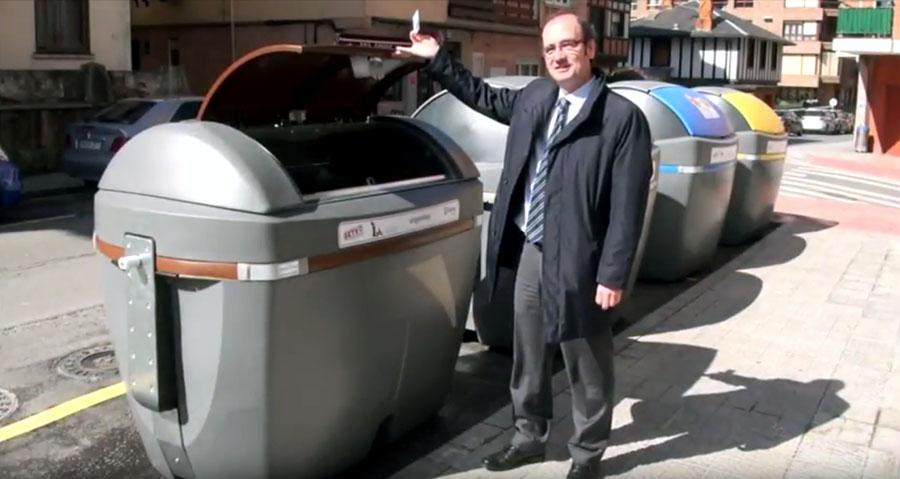 Getxo empieza a implantar el quinto contenedor para la recogida selectiva de residuos orgánicos