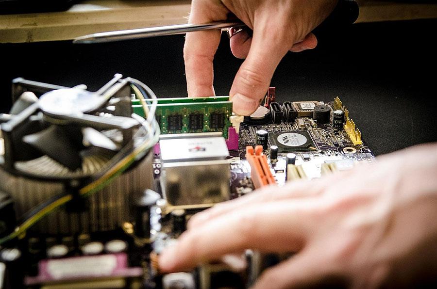 El 33% de los residuos electrónicos que se reciclan podrían reutilizarse