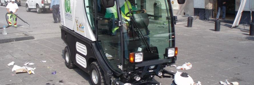Pamplona renueva su maquinaria de limpieza viaria