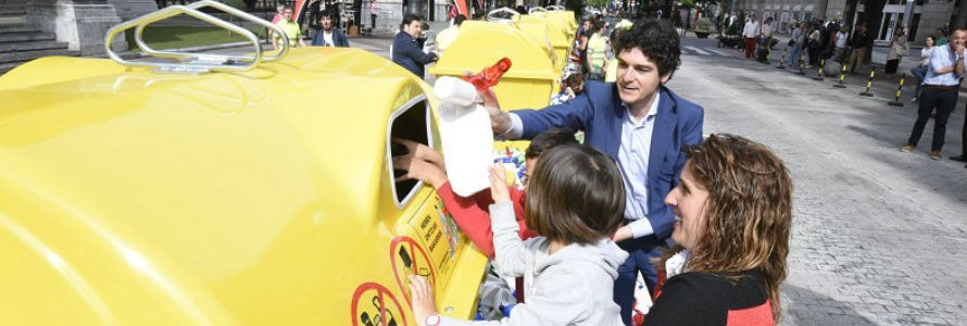 Bizkaia inicia una campaña para subir la tasa de reciclaje hasta el 65%