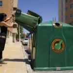 Comienza en Madrid la recogida de vidrio 'puerta a puerta' en zonas de alta densidad hostelera