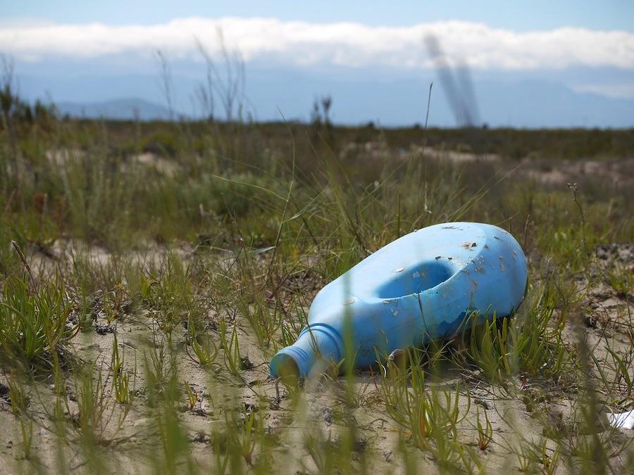 la concienciación ciudadana, la mejor arma contra el abandono de residuos, según una encuesta