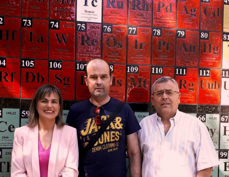 (De Izquierda a derecha) Encarnación Ruiz, Antonio Jesús Muñoz y Francisco Espínola, autores del artículo. Fotografía: Fundación Descubre