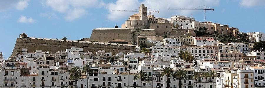 Denunciados 21 comercios de Ibiza en un día por incumplir la ordenanza de residuos