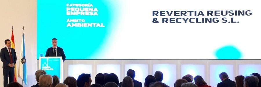 La Xunta premia a una empresa de reutilización y reciclaje de aparatos electrónicos