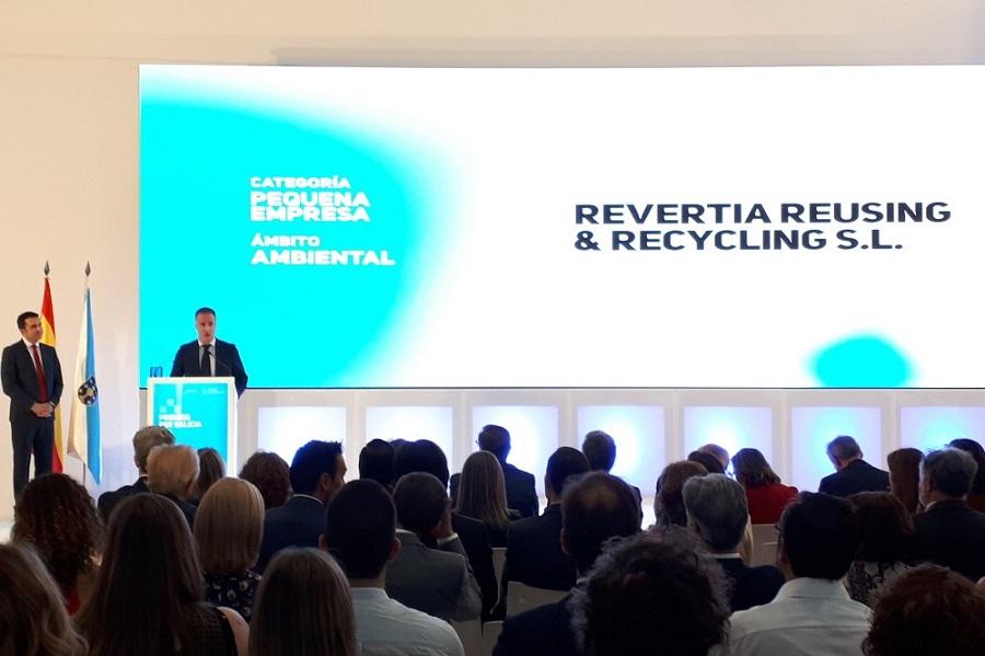 Revertia, dedicada a la reutilización de residuos electrónicos, ha sido premiada por la Xunta
