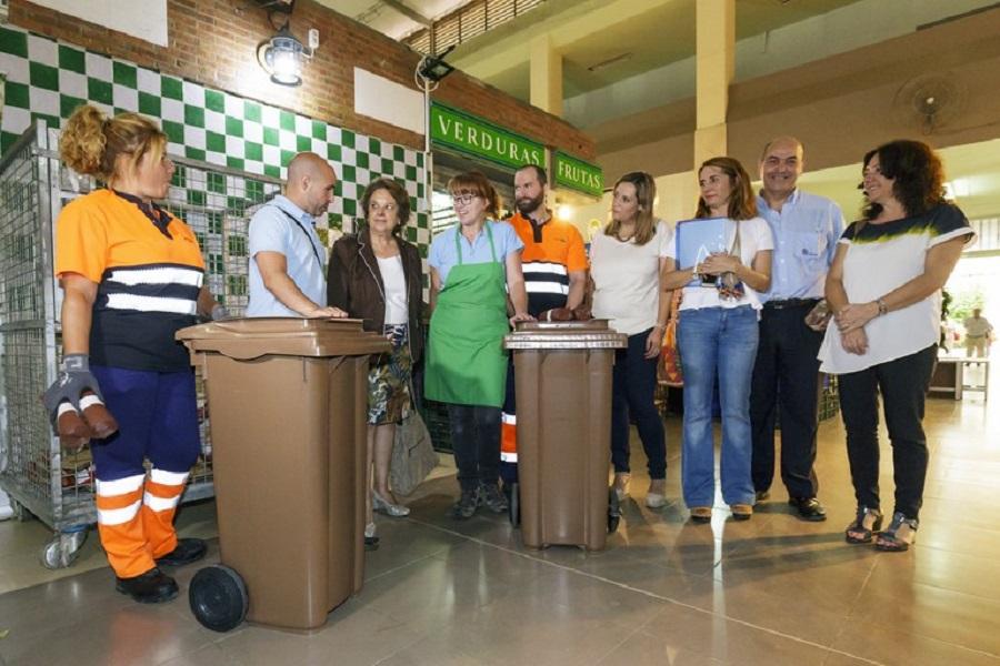 Presentación del nuevo sistema de recogida selectiva de biorresiduos en Sevilla