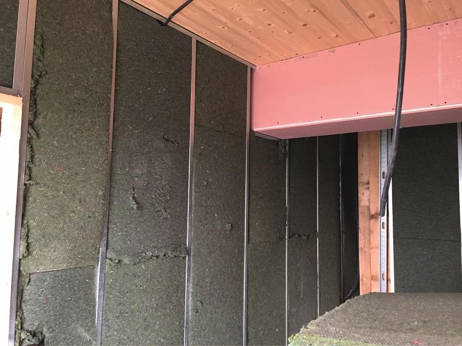 Paneles aislantes a partir de residuos textiles