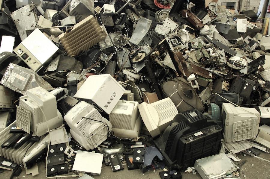 Ucrania pretende implantar un sistema de reciclaje electrónico similar al español