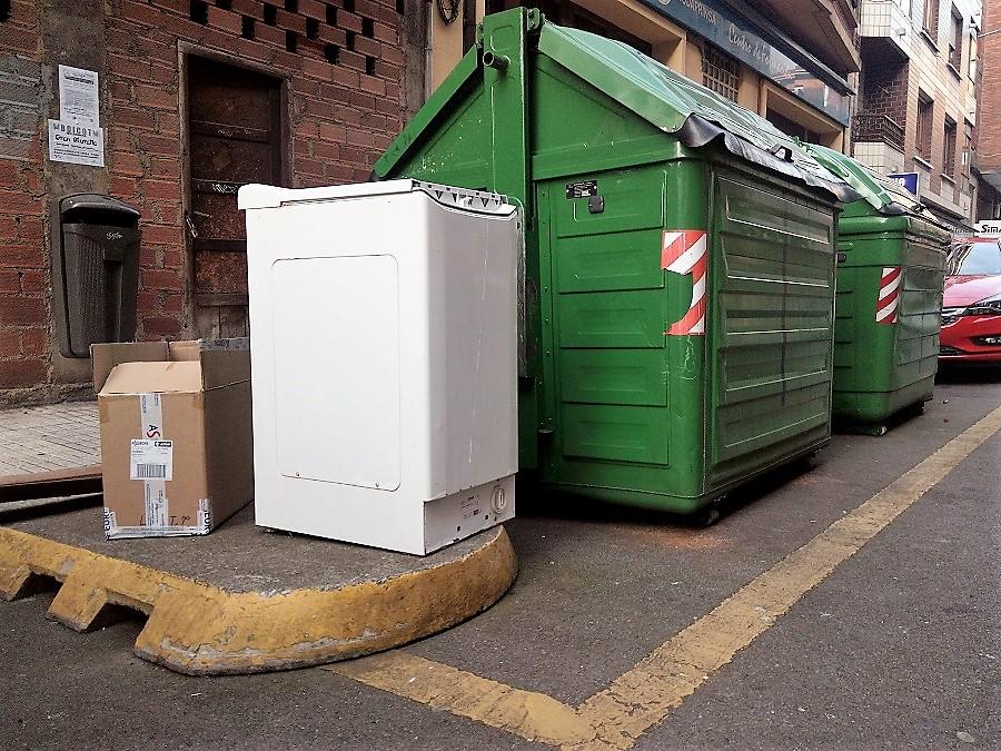 Donostia empieza un proyecto piloto de recogida de residuos voluminosos a domicilio