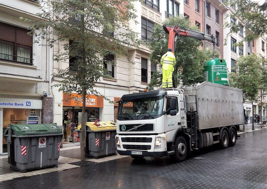 Camión de recogida selectiva de residuos