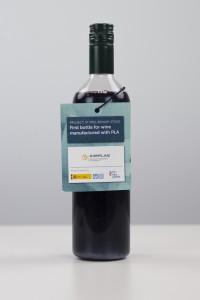 botella de vino de plástico desarrollada por AIMPLAS