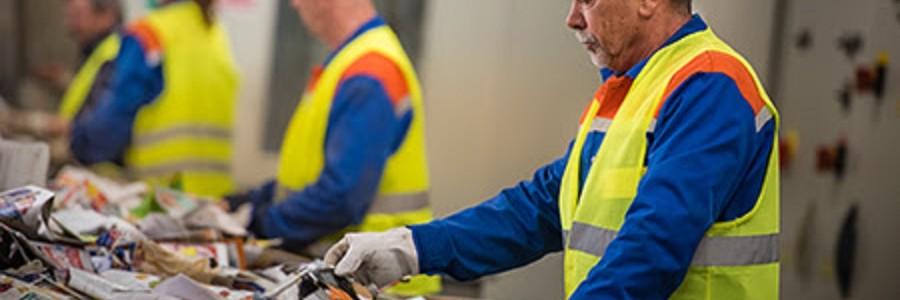 El reciclaje de papel y cartón creará un millar de empleos en 2018