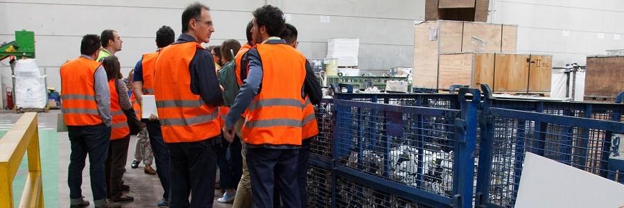 Los productores de aparatos eléctricos y electrónicos se adentran en el tratamiento y reciclaje de RAEE