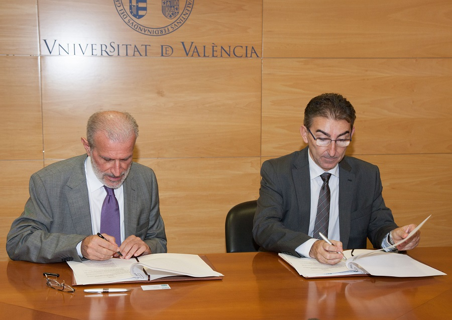 Firma del acuerdo para la creación de la Cátedra DAM de gestión y recuperación de agua residual