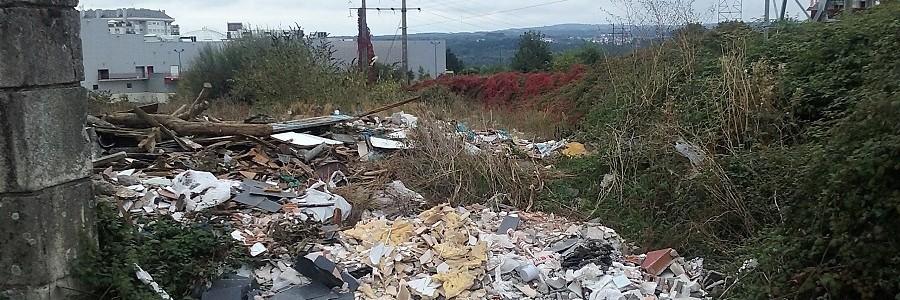 La Xunta inicia la limpieza de 15 vertederos incontrolados en la provincia de Lugo