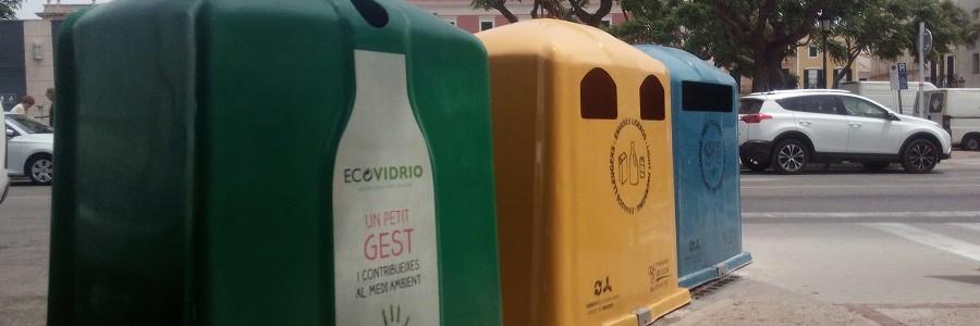 La nueva ley balear de residuos prohibirá las bolsas y vajillas de plástico, mecheros no recargables o maquinillas de afeitar
