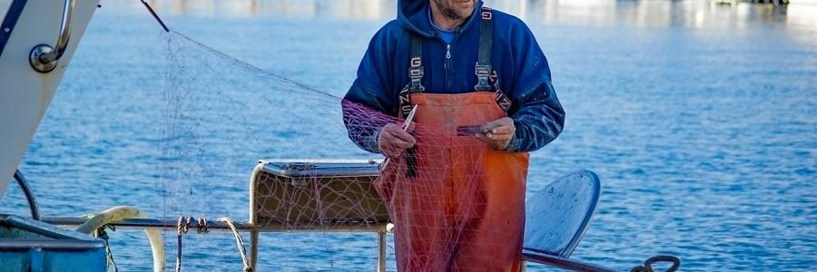 Profesionales del sector pesquero recibirán formación en gestión de basuras marinas