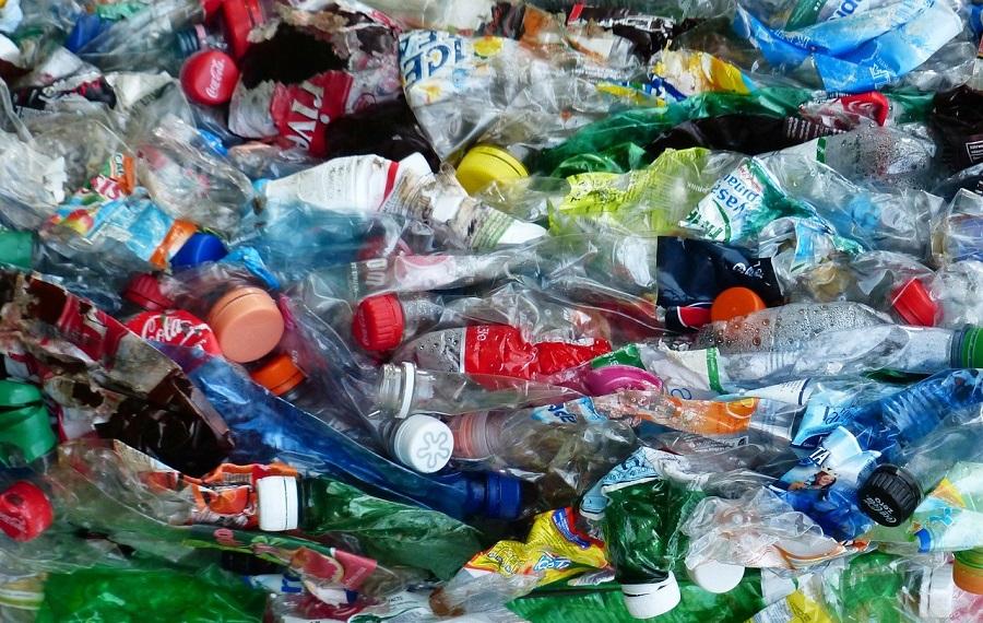 Coca-Cola se propone reciclar el 100% de sus envases