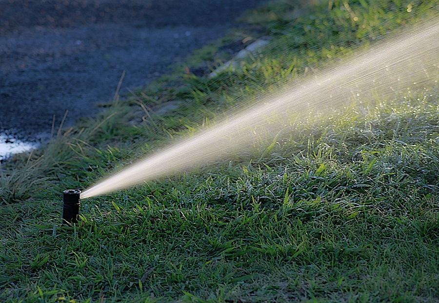Arona usará agua depurada en el riego y el baldeo de calles