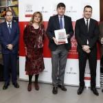 Manuel Pimentel: «El debate sobre quién debe gestionar los servicios públicos se ha ideologizado de manera simplista»