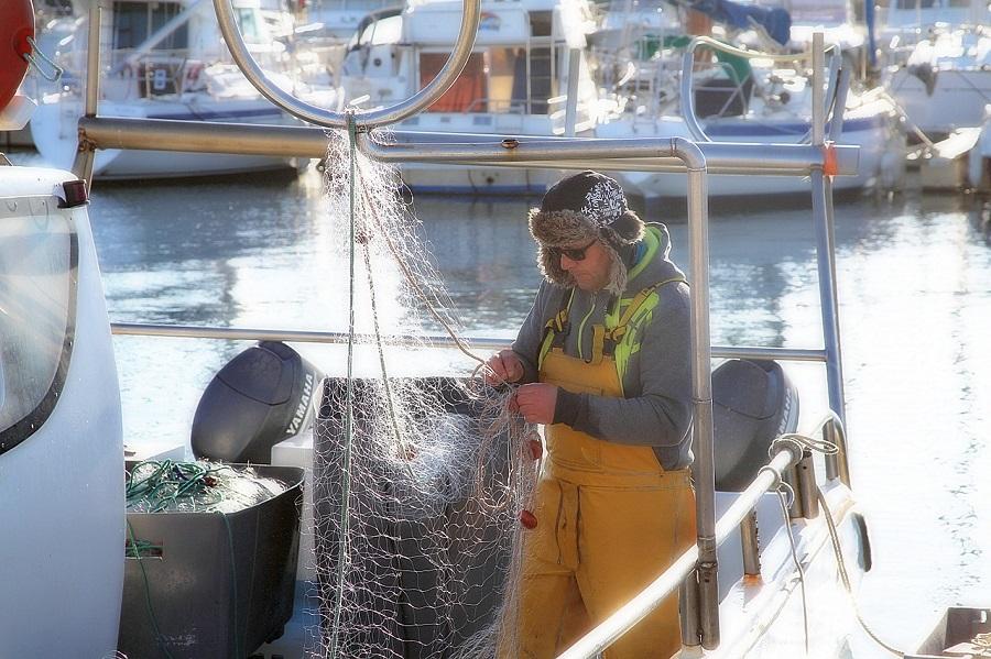 Cepesca quiere recuperar 200 tM de basuras marinas cada año